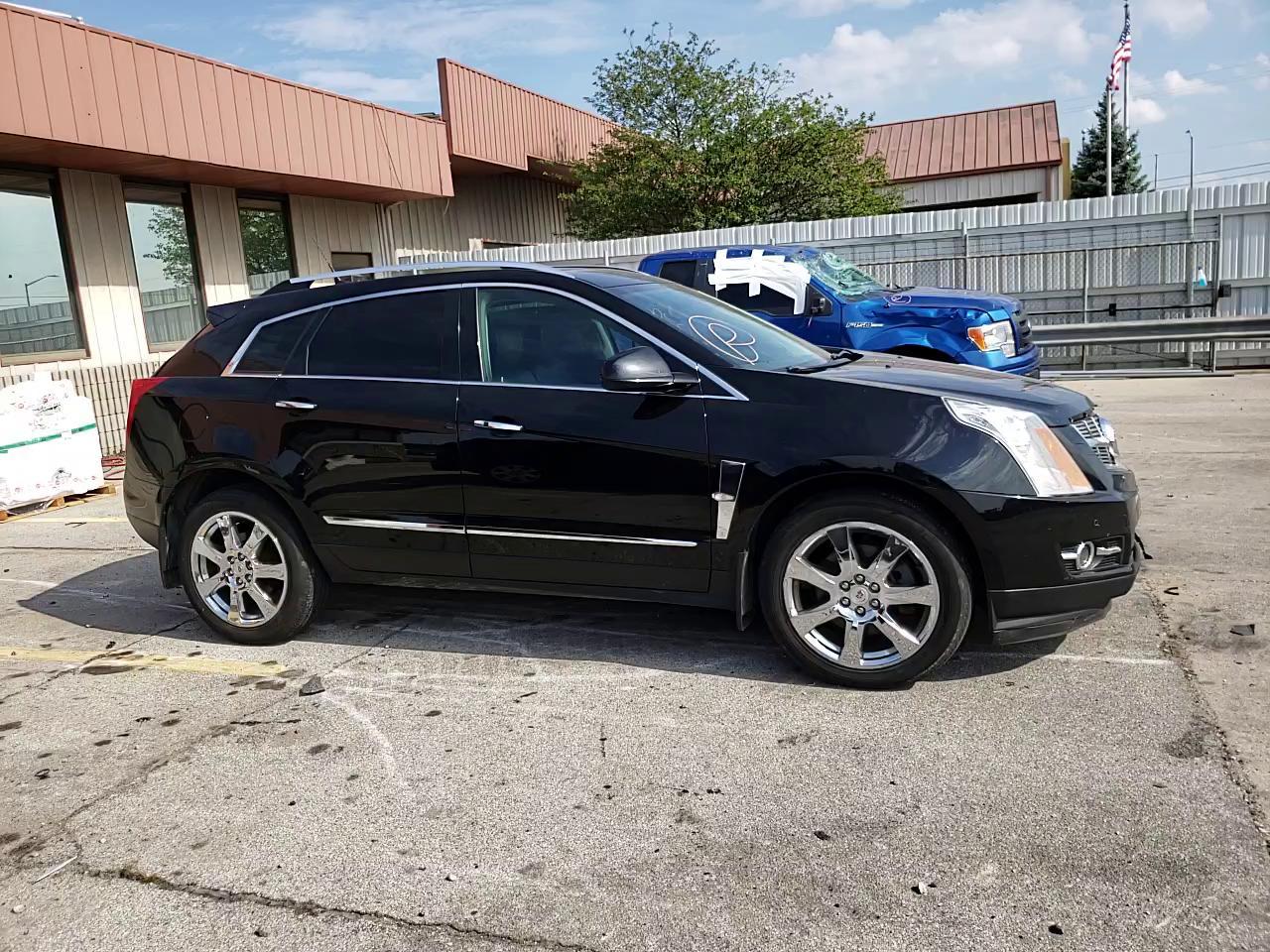 Salvage 2010 Cadillac SRX PREMIUM for sale