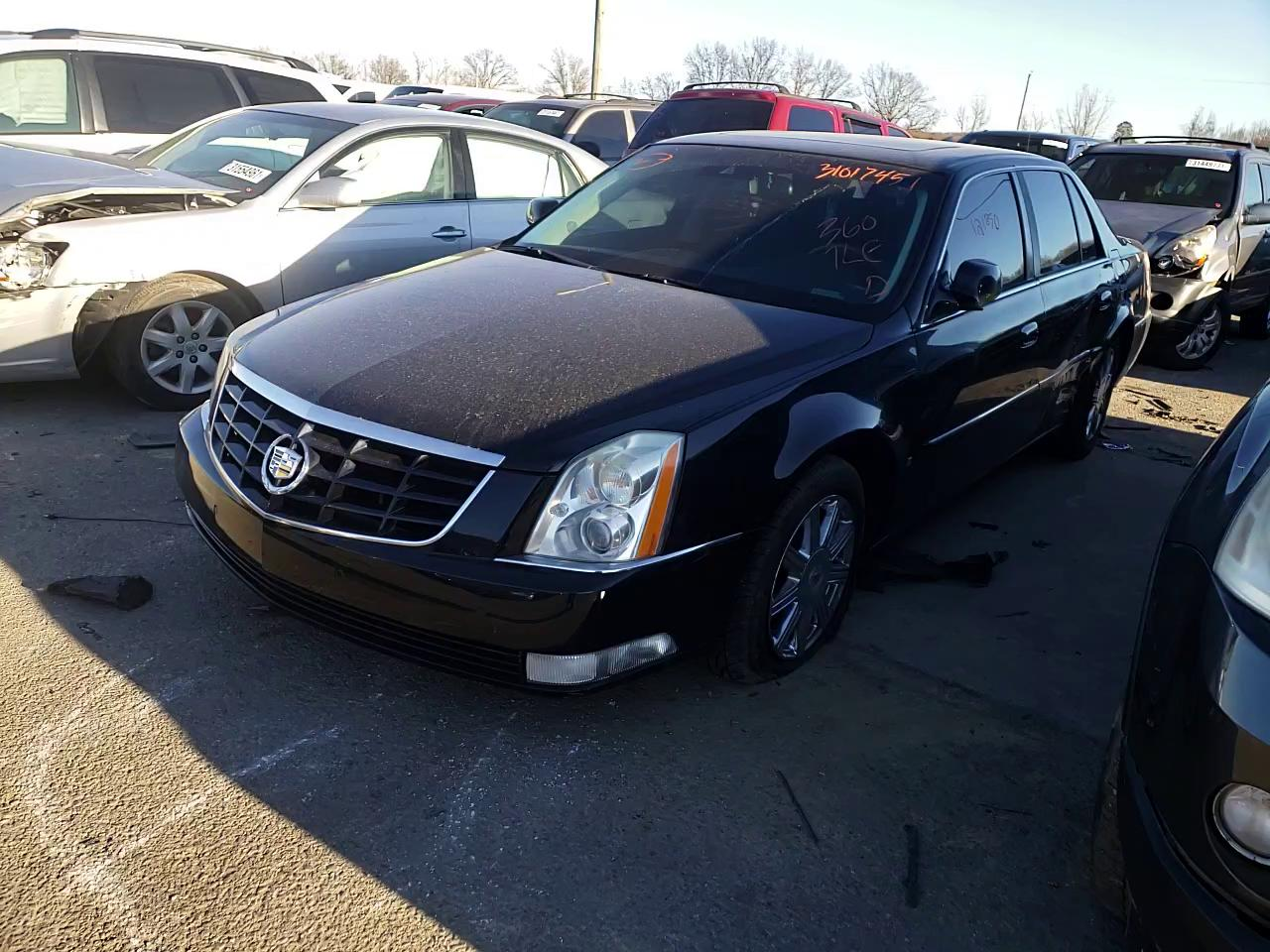 2009 CADILLAC DTS - Other View