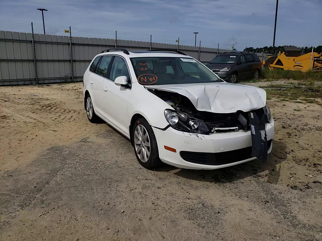 Volkswagen salvage cars for sale: 2013 Volkswagen Jetta TDI